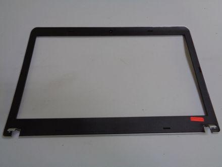 Bazel за Lenovo ThinkPad Edge E531
